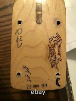 FENDER Stratocaster, Lower Price ALL GOLD Hardware NEW Custom MIM
