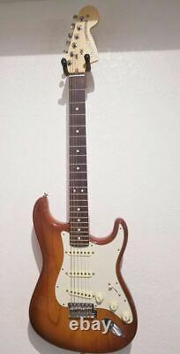 Fender American Performer Stratocaster Honeyburst Rosewood Fingerboard