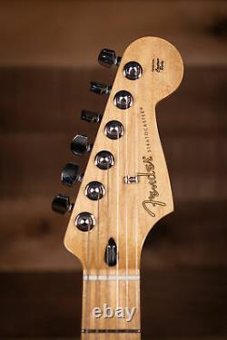 Fender Player Stratocaster, Maple Fingerboard, Buttercream
