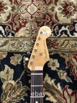Fender Robert Cray Stratocaster 6 String Rosewood Fingerboard Electric Guitar