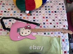 Fender squire stratocaster affinity hello kitty electric guitar
