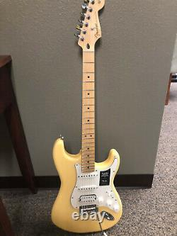 Yellow Fender Player Stratocaster With New Fender Gig Bag