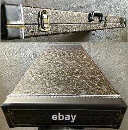 1976 Fender Stratocaster, Lux Case, Bracelet En Cuir Nouveau