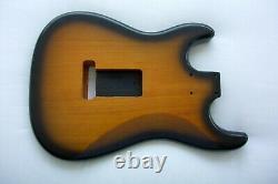 2 Pièces Stratocaster Corps / Nitro / Sunburst / Strat / Alder / Fits Fender