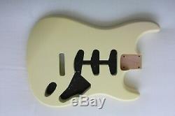 2 Pièces Stratocaster Corps / Nitro / Vintage Blanc / Strat / Alder / Fits Fender