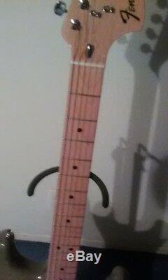 Antigua Fender Stratocaster Limitée Run Pristine Condition