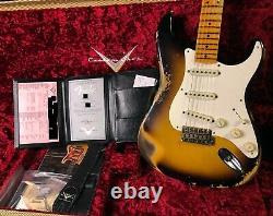 Fender 1957 Stratocaster Heavy Relic Modern Spec Sunburst Custom Shop Seulement 7lbs
