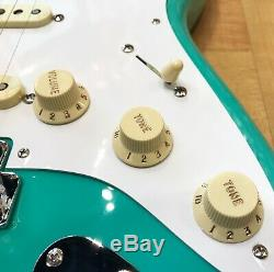 Fender 50 Stratocaster Vintera Guitare Électrique Écume Vert