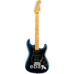 Fender American Professional II Stratocaster Electric Guitar, Érable, Dark Night