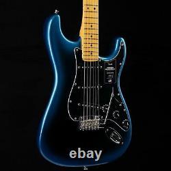 Fender American Professional II Stratocaster Maple Fretboard Dark Night 044