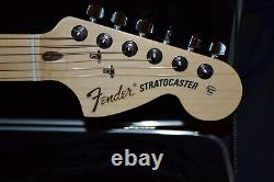 Fender American Special Stratocaster Maple 2-tone Sunburst W Deluxe Flight Case
