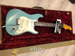 Fender Eric Johnson Stratocaster Relic Rosewood Fingerboard Tropical Turquoise