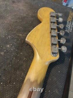 Fender LIC Relic Strat Cou Vieilli Nitro 66 67 Érable Stratocaster M. G's Customs