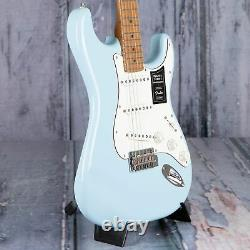 Fender Limited Edition Player Stratocaster, Sonic Blue