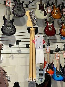 Fender Player Series Stratocaster Hss 3-tone Sunburst Maple Neck W Livraison Gratuite