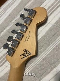 Fender Player Stratocaster 6 Cordes Guitare Électrique. Blanc Polaire