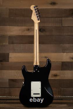 Fender Player Stratocaster, Maple Fingerboard, Noir