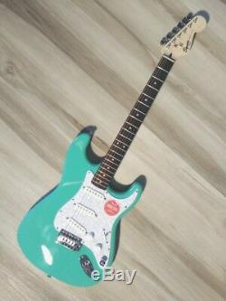 Fender Squier Stratocaster Turbo + Sss Avec Blender Mod Écume Strat Nouveau