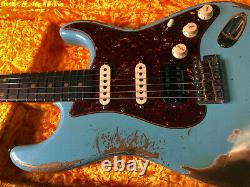 Fender Stratocaster 1962 Hss Lourd Relic Moderne Spécifications Daphne Custom Shop Bleu