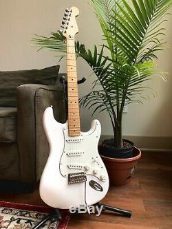Fender Stratocaster 2019 Lecteur Guitare Électrique Blanc Polaire