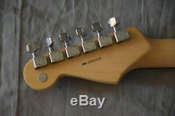 Fender Stratocaster 60e Anniversaire De Diamant 2006 USA Unplayed Lire S'il Vous Plaît