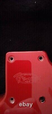 Fender Stratocaster Candy Apple Red Neu! Haut