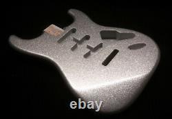 Finition De Flocons De Métal Sur Votre Corps De Guitare! Guitarpaintguys