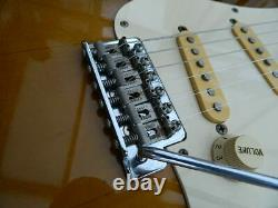 Import Fender Japon St57-53 1995-1996 Stratocaster 2ts & Nouveau Hard Case