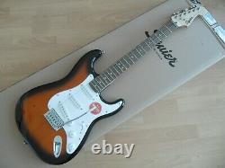 Squier Fender Stratocaster Bullet 3 Couleur Sunburst, Chitarra Elettrica Nuova