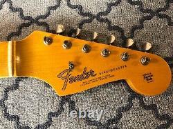 Stratocaster De Cou De Magasin Personnalisé Fender